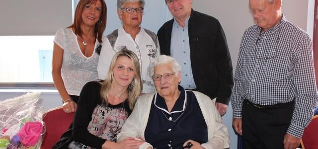 Lucie Rohmer, originaire de Sand, née en 1920, a eu 95 ans, le 27 avril 2015. Et c'est en compagnie du Maire de Sand, de son fils Jean-Pierre, de son […]